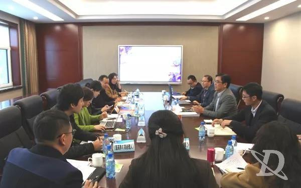 多家主流媒体联合采访金城医药集团董事长赵叶青